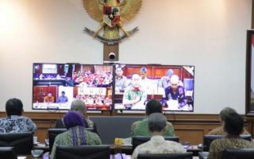 Dirjen Dukcapil Live Video Conference dengan Jajaran Dukcapil Daerah